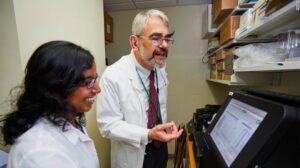 Dr, Daniel Kastner